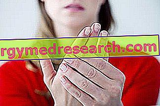 Šalto kojų ir kojų priežastys ir gydymas - Hipertenzija November