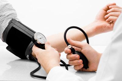 60–90 su hipertenzija