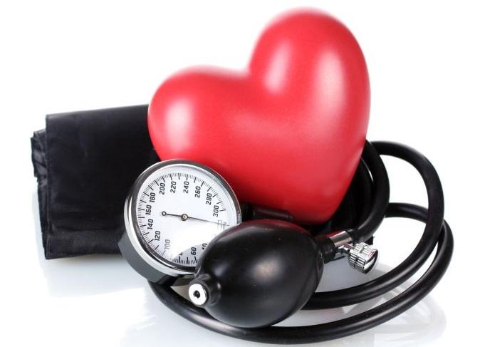 padidėjęs širdies ritmas su hipertenzija