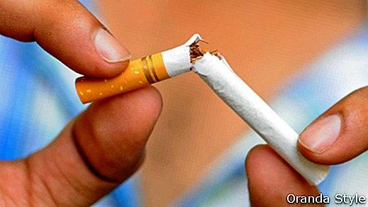 Gydytojas pataria. Kodėl rūkymas pavojingas širdžiai? - DELFI