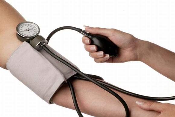 hipertenzijos slėgio mažinimo prietaisas