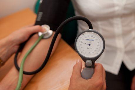 hipertenzijos gydymas runomis hel narkotikai hipertenzija
