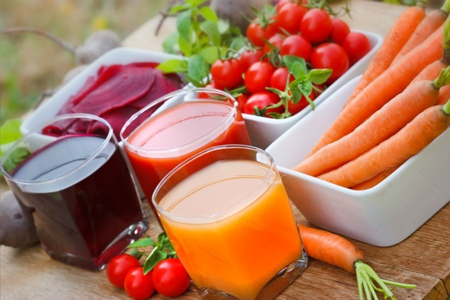 Kas naudingiau: šviežia morka ar morkų sultys?