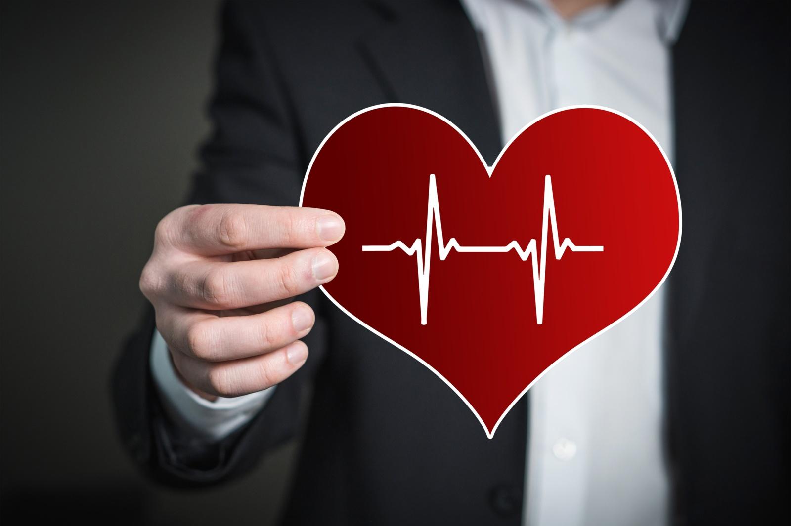 sveikatos, nei gydant hipertenziją
