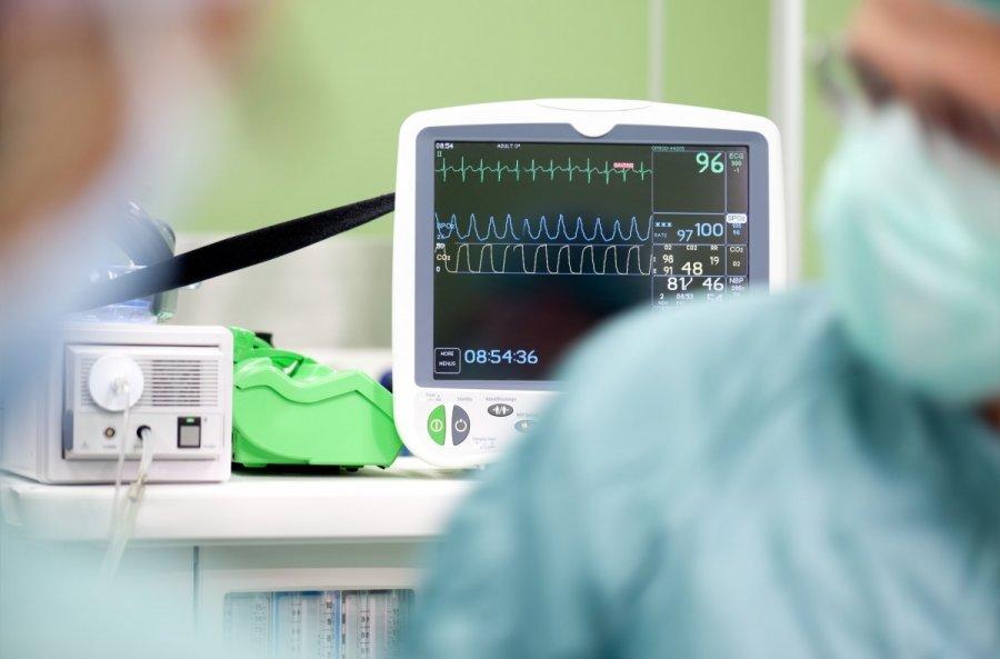 didelis pulsas su žemu kraujospūdžiu ir hipertenzija