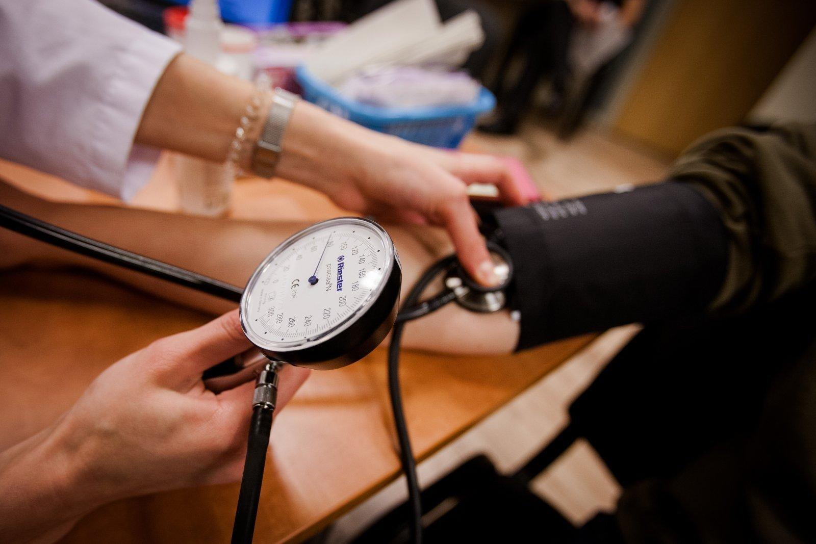 Ar žemas kraujospūdis kenkia sveikatai?