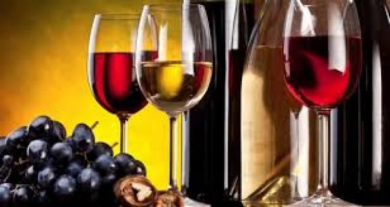 Baltasis vynas naudingas sveikatai, atskleidė tyrimas